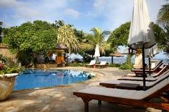 Piscina tropical del hotel, Bali Foto de archivo libre de regalías