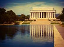 Piscina Washington de la reflexión de Abraham Lincoln Memorial Fotos de archivo