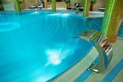 piscinas de lujo fotografa de archivo libre de regalas
