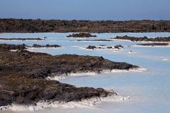 Piscinas geotérmicas y resortes calientes, Islandia de la roca fotos de archivo libres de regalías