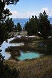 Piscinas minerales en Yellowstone Foto de archivo libre de regalías