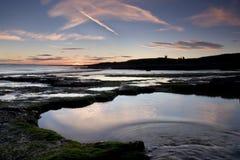 Piscine de roche sur la côte Images stock