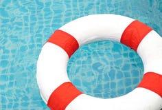 Piscine et maître nageur, Ring Pool Photos libres de droits