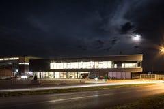 Piscine, Slavonski Brod, Croazia, alla notte immagine stock libera da diritti