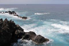 piscines de Lave-roche à Porto Moniz Photos libres de droits