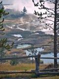 Piscines géothermiques et éruptions Photo stock