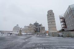 PISE, ITALIE - 1ER MARS 2018 : Place des miracles avec la neige sur W Images stock