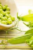 Piselli organici freschi Fotografia Stock
