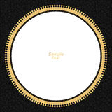 Piska svart bakgrund med en gul blixtbult i en cirkel och en vit bakgrund i mitten med den guld- tråden Arkivfoton