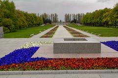 Piskarevskoe minnesmärkekyrkogård St Petersburg Royaltyfria Bilder