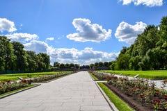 Piskaryovskoye pamiątkowy cmentarz w Leningrad Zdjęcia Royalty Free