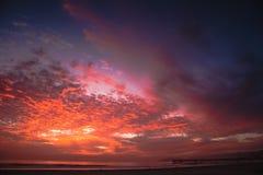 Pismo strandsolnedgång arkivfoto