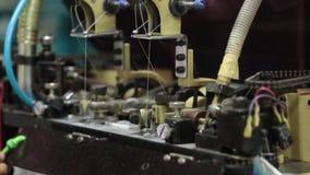 Piso de la fábrica de la ropa almacen de video