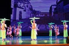 Pisotee en la exposición de enseñanza de clasificación Jiangxi del logro de los niños de la prueba de la academia de la danza de  foto de archivo