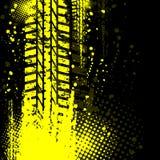 Pista amarilla del neumático del fondo Fotos de archivo