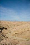 Pista attraverso il canyon del deserto Fotografia Stock Libera da Diritti