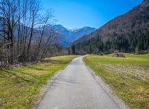 Pista ciclabile in Julian Alps, Slovenia Fotografie Stock