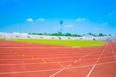 Pista corrente di uno stadio di sport Fotografia Stock