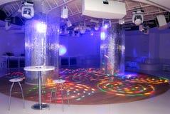 Pista da ballo vuota della discoteca Fotografie Stock Libere da Diritti
