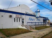 Pista de boliches das pistas de Asbury no parque de Asbury fotos de stock