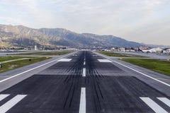 Pista de decolagem Burbank Califórnia do aeroporto Imagem de Stock