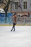 Pista de gelo ao ar livre sob o céu Imagem de Stock Royalty Free
