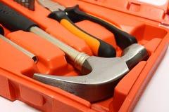 Pista de martillo en caja de herramientas imágenes de archivo libres de regalías