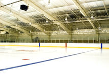 Pista de patinaje de hielo Fotografía de archivo libre de regalías