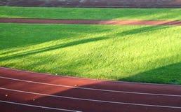 Pista de raza en estadio de fútbol Fotografía de archivo