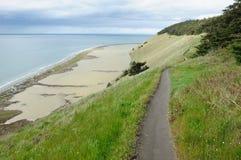 Pista de senderismo de la playa fotografía de archivo