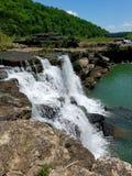 Pista de senderismo de la cascada de Tennessee imagenes de archivo