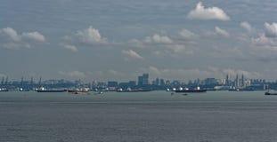 A pista de transporte a mais ocupada de World's - estreitos de Malaca e Singapo imagens de stock royalty free