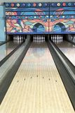 Pista de uma pista de bowling Fotos de Stock