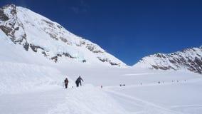 Pista di camminata della neve a Jungfrau Fotografia Stock