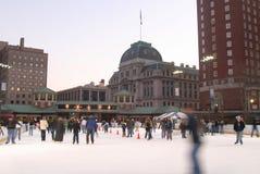 pista di pattinaggio pattinante del ghiaccio. Fotografia Stock
