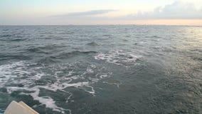 Pista di risveglio sull'yacht video d archivio