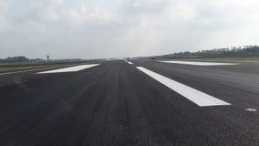 Pista en el aeropuerto internacional del katunayaka en Sri Lanka imagen de archivo libre de regalías