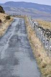Pista estreita na ilha de Skye foto de stock
