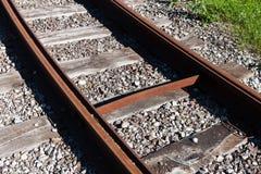 Pista ferroviaria della strada di guida Fotografie Stock