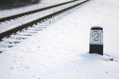 Pista ferroviaria en invierno Imagenes de archivo