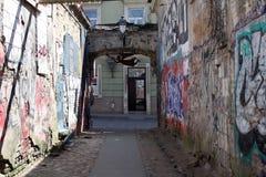 Pista gasto com anjo oxidado em Vilnius, Uzupis Fotografia de Stock Royalty Free