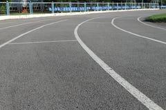 pista per correre allo stadio per atletica Fotografia Stock Libera da Diritti