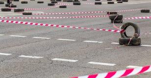 Pista recintata per la concorrenza del motociclista Fotografia Stock