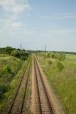 Pista vacía del ferrocarril Fotos de archivo libres de regalías