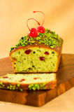 Pistachio  loaf cake Royalty Free Stock Photos