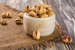 Free Pistachio Nuts Royalty Free Stock Images - 71533799