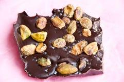 Czekolady barkentyna z pistacjami i solą Fotografia Stock