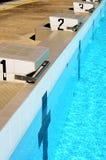 Pistas da piscina fotografia de stock