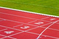 Pistas da trilha do esporte Fotografia de Stock