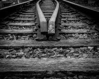 Pistas de ferrocarril abandonadas Imágenes de archivo libres de regalías